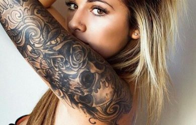 hot girl with tattoos